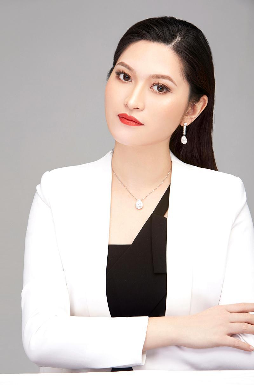 专访柏志钻石总经理、番禺珠宝厂商会副会长黄颖诗女士